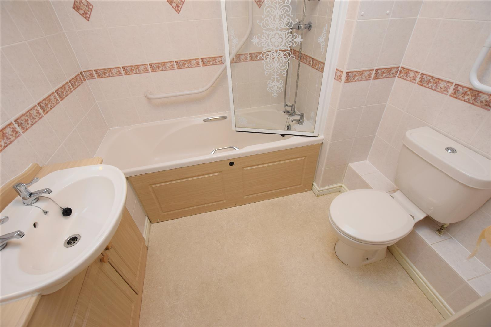 Flat 11, Ericht Court, Upper Mill Street, Blairgowrie, Perthshire, PH10 6AE, UK